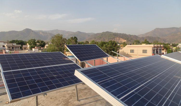 O Impressionante e Exponencial Crescimento Da Energia Solar na Índia