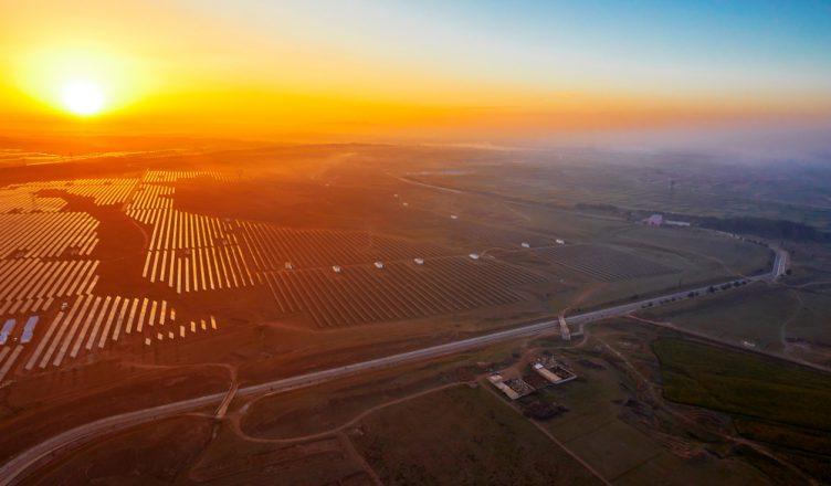 Estudo Comprova que Além de Sustentável É mais vantajoso Construir Usinas Elétricas de Fontes Renováveis