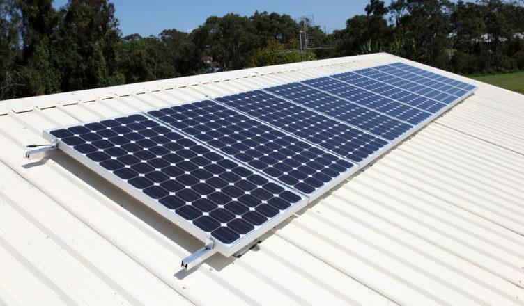 Informação para Energia Solar Em Pequenos Negócios No Brasil