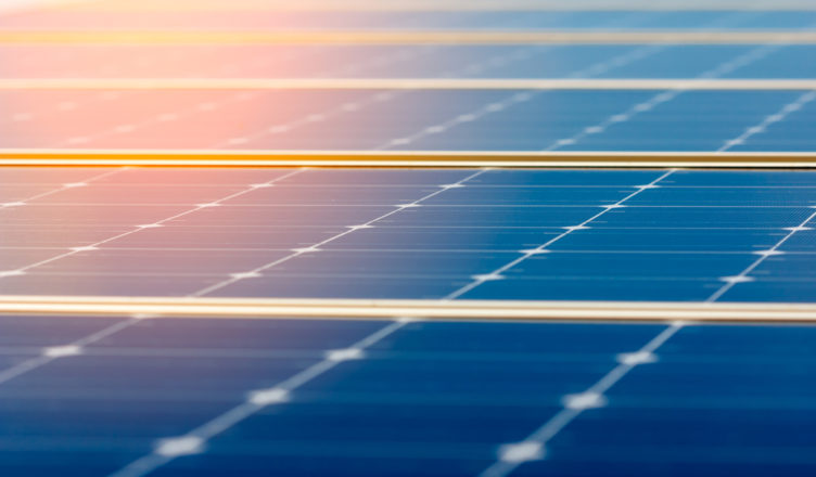 Energia solar irá abastecer escolas, postos de saúde e estações de metrô em Fortaleza